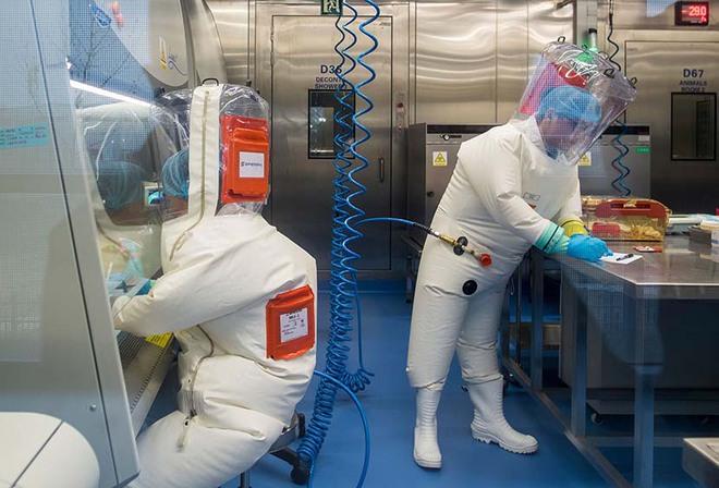 Bên trong phòng thí nghiệm an toàn sinh học BSL-4: Nơi virus không thể nào thoát ra ngoài - Ảnh 7.