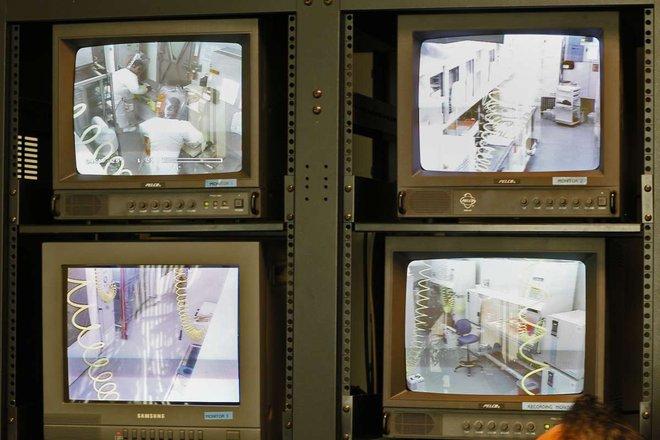 Bên trong phòng thí nghiệm an toàn sinh học BSL-4: Nơi virus không thể nào thoát ra ngoài - Ảnh 21.