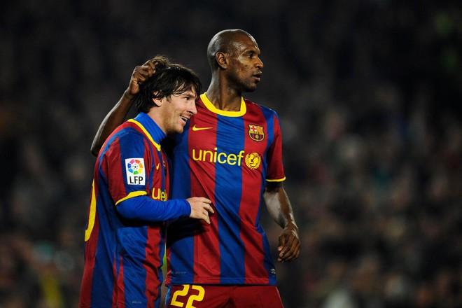 CLB Barcelona bác bỏ tin đồn lập hàng loạt tài khoản ảo để nói xấu Messi, sau đó đăng liên tục 8 bài viết để nịnh siêu sao số 1 của đội bóng - Ảnh 4.