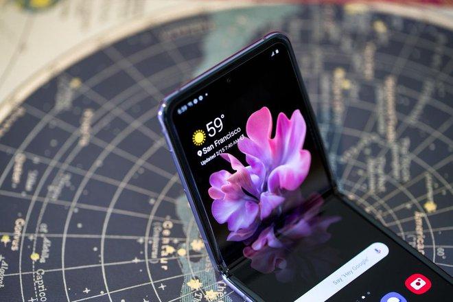 Samsung sẵn sàng bán kính bảo vệ màn hình gập cho công ty khác - Ảnh 1.