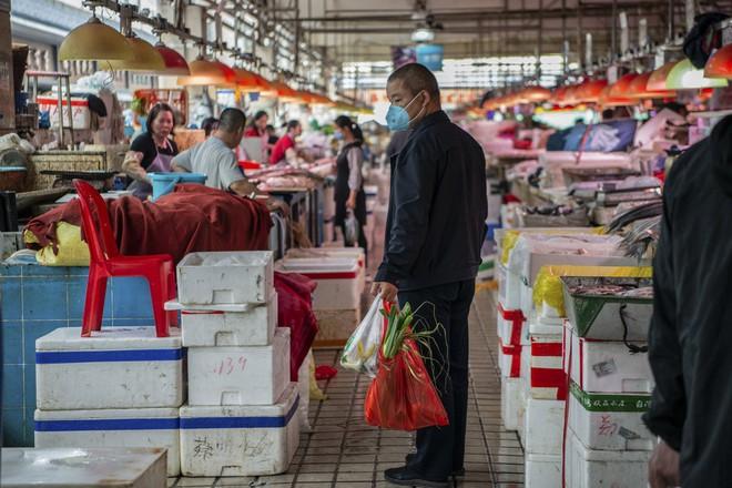 Trung Quốc đang nỗ lực xóa bỏ những khu chợ ẩm ướt để hạn chế tối đa dịch bệnh như thế nào? - Ảnh 12.
