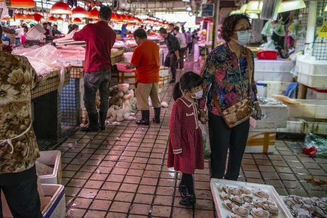 Trung Quốc đang nỗ lực xóa bỏ những khu chợ ẩm ướt để hạn chế tối đa dịch bệnh như thế nào? - Ảnh 16.