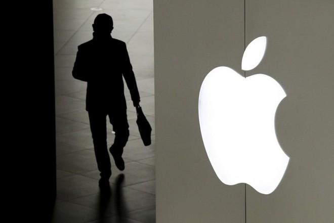 """Cựu nhân viên Apple kiện công ty vì """"bóp nghẹt"""" sự sáng tạo, ngăn cản sự đổi mới - Ảnh 1."""