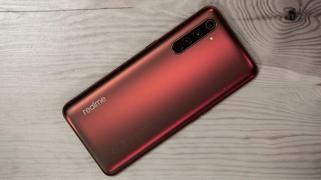 Realme X50 Pro ra mắt: Có chip Snapdragon 865, có RAM 12GB, có 5G, có sạc nhanh 65W, mà giá chỉ 600 USD - Ảnh 2.
