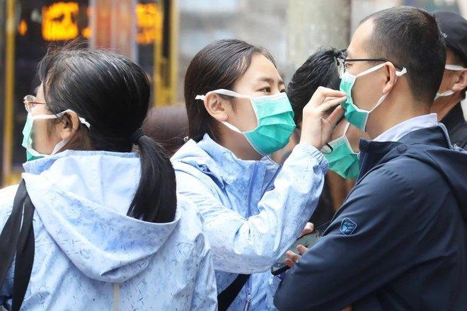 Giữa cơn bão dịch Covid-19, Trung Quốc nâng cấp công nghệ để nhận diện gương mặt của cả những người đang đeo khẩu trang - Ảnh 1.