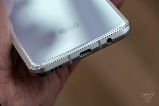 Cận cảnh LG V60 ThinQ 5G vừa ra mắt: Flagship kém hấp dẫn nhất năm 2020 - Ảnh 9.