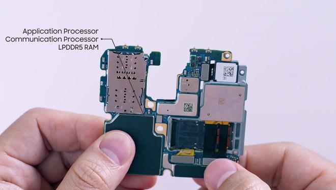 Mổ bụng Galaxy S20 Ultra: Có gì bên trong flagship mới nhất của Samsung? - Ảnh 12.