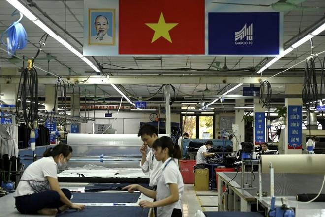 Google sẽ chuyển dây chuyền sản xuất điện thoại Pixel từ Trung Quốc sang Việt Nam - Ảnh 1.