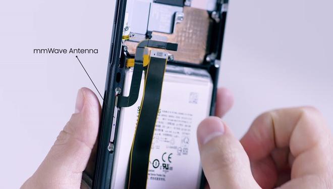 Mổ bụng Galaxy S20 Ultra: Có gì bên trong flagship mới nhất của Samsung? - Ảnh 6.