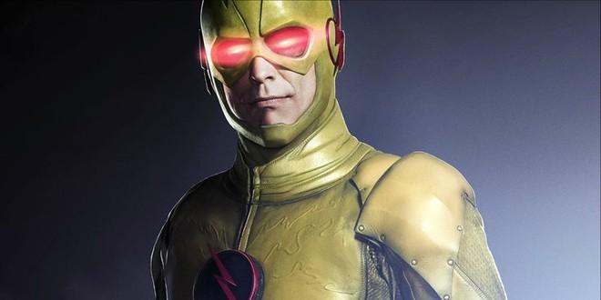 Trong Vũ trụ DC, đây là ba nhân vật có thể chạy nhanh hơn cả Flash - Ảnh 2.