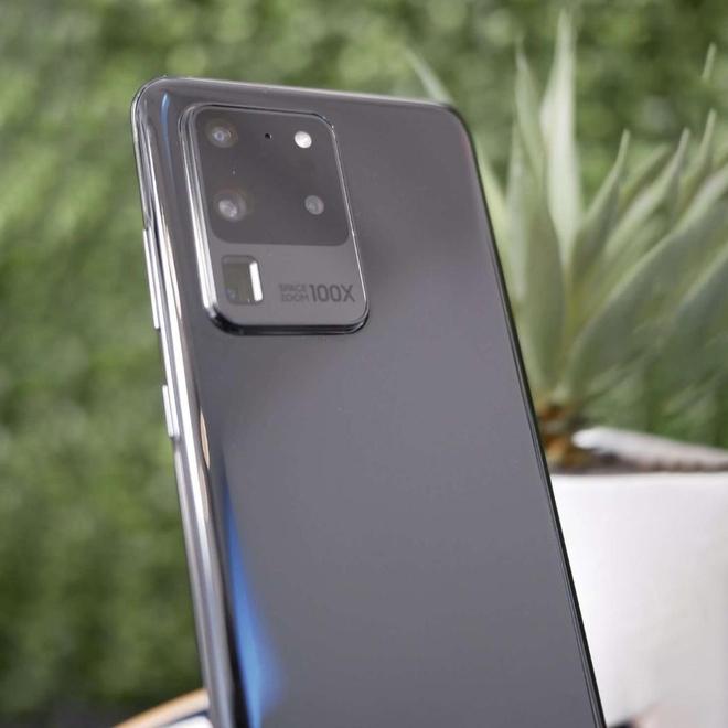 Galaxy S20 Ultra lộ ảnh thực tế với cụm camera Space Zoom 100X siêu to khổng lồ - Ảnh 3.