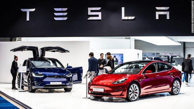 Cơn điên của cổ phiếu Tesla kết thúc: tăng 21% trong một ngày và giảm 17% cũng chỉ trong một ngày - Ảnh 1.
