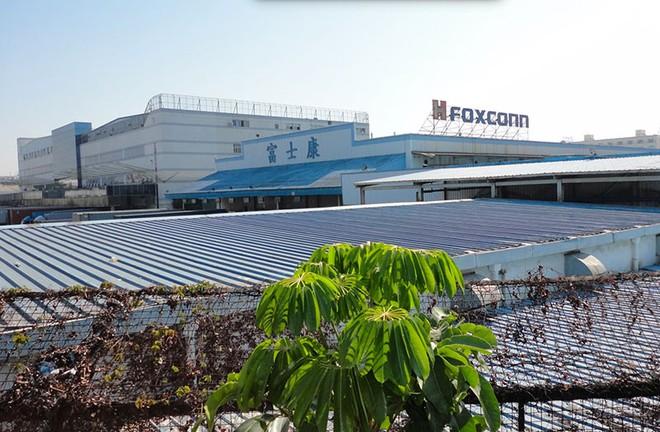 Trung Quốc ngăn không cho Foxconn trở lại hoạt động vì virus Corona - Ảnh 1.
