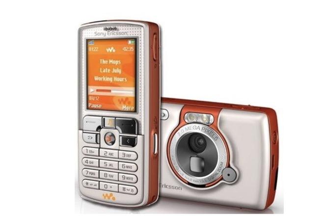 Nhìn lại Sony Ericsson W800 và K750: Khi Sony còn là thương hiệu nặng ký trên thị trường di động - Ảnh 2.