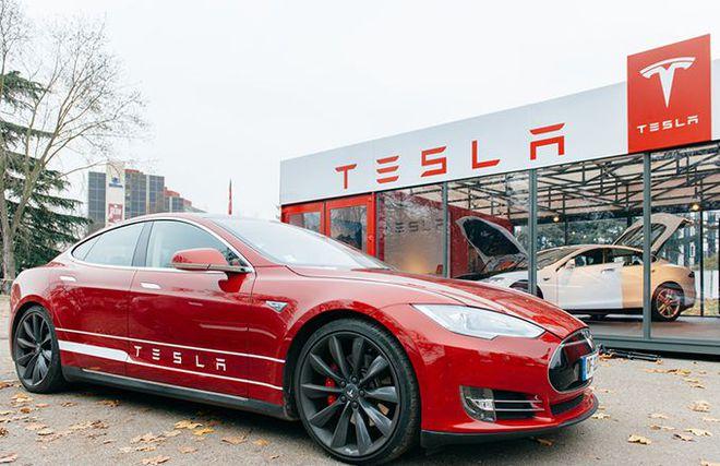 Đợt tăng điên rồ của cổ phiếu Tesla giúp tài khoản một trader tăng gấp 32 lần chỉ trong 2 tuần - Ảnh 1.
