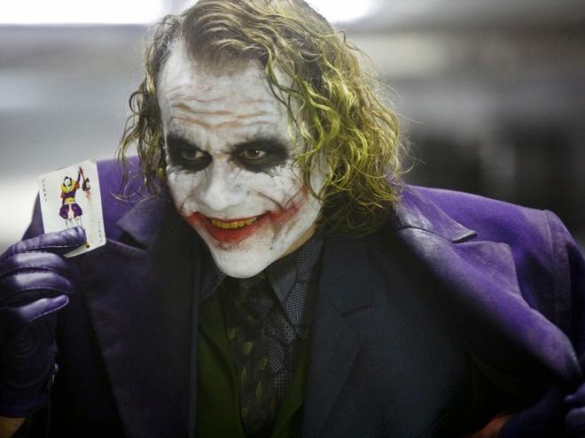 3 giả thuyết khó tin về Joker trong bộ ba Batman của Nolan: không phải là kẻ xấu, thậm chí còn là anh hùng cứu tinh của Gotham - Ảnh 4.