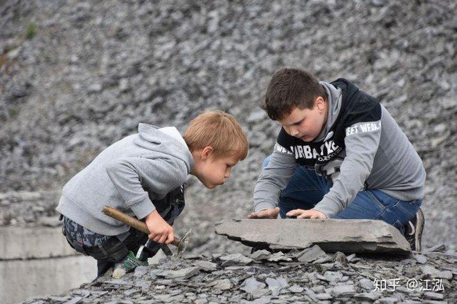 Các nhà cổ sinh vật học phát hiện ra chất béo trên cơ thể của thằn lằn cá từ 180 triệu năm trước - Ảnh 4.