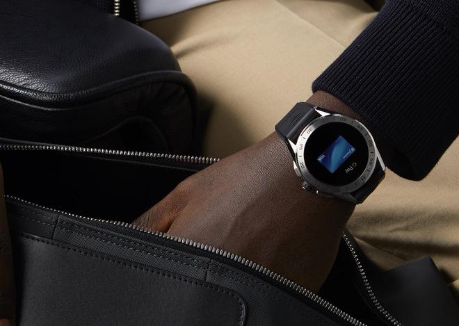 Hãng đồng hồ Thụy Sĩ TAG Heuer ra mắt smartwatch siêu sang giá 1.800 USD - Ảnh 3.