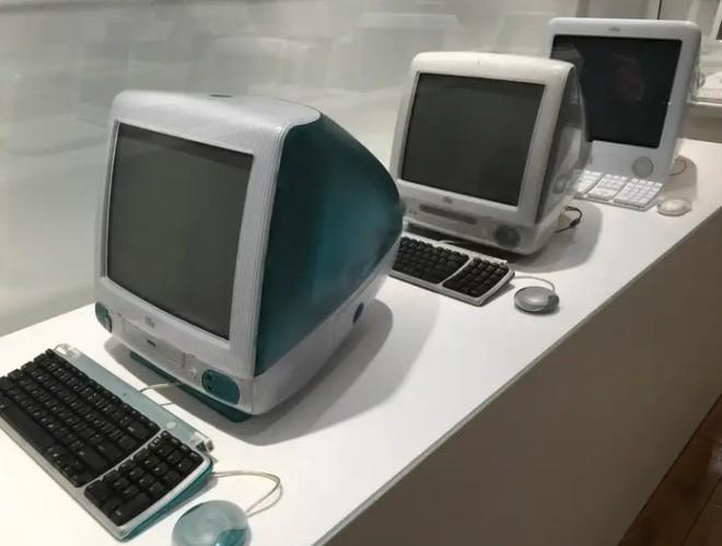Bảo tàng Apple tại Cộng hòa Séc sắp tái hiện lại garage của Steve Jobs với công nghệ AR - Ảnh 7.