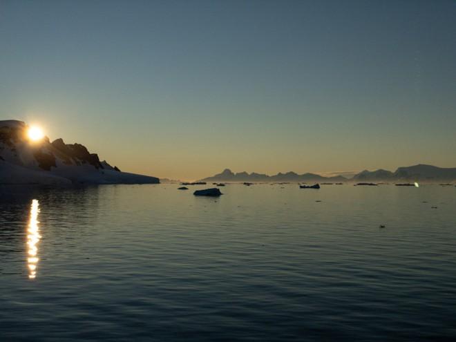 Đi tìm minh chứng về biến đổi khí hậu tại Nam Cực bằng một chiếc iPhone - Ảnh 12.