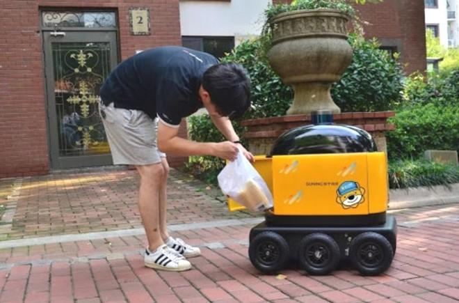Robot chuyên phân phát rau, củ, quả và tuần tra cho thấy mức độ tự động hóa ngày càng cao của Trung Quốc - Ảnh 4.