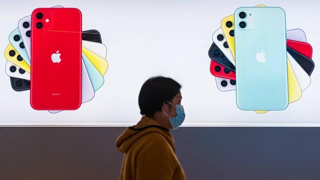 Nikkei: Apple xem xét hoãn ra mắt iPhone 12 do ảnh hưởng từ virus corona - Ảnh 1.