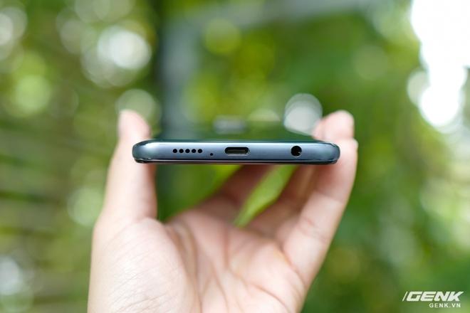 Cận cảnh Redmi Note 9S Xanh Cực Quang: Màu đẹp, hoàn thiện tốt, Snapdragon 720G chạy mượt, cụm 4 camera thiết kế hơi dị - Ảnh 6.