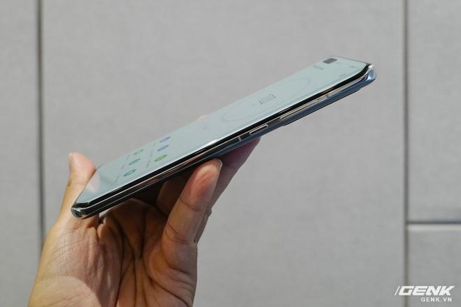 Trên tay nhanh Huawei P40 Pro: Màn hình uốn cong 4 cạnh đẹp mắt, độ hoàn thiện rất cao, giao diện chụp ảnh mượt mà nhưng còn nhiều rối rắm - Ảnh 2.