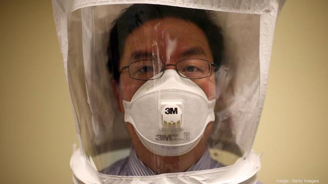 FDA Mỹ phê duyệt công nghệ hấp khẩu trang N95, có thể tái sử dụng 20 lần trong dịch Covid-19 - Ảnh 1.