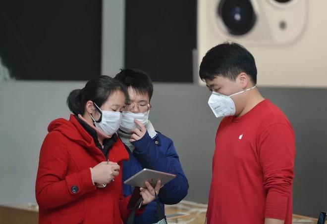 Apple, Microsoft, Google tính chuyện rời dây chuyền sản xuất khỏi Trung Quốc, nhưng liệu có dễ dàng? - Ảnh 1.