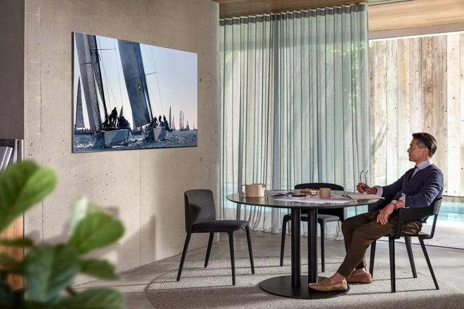 Samsung ra mắt TV QLED 8K không viền tại VN: Giá từ 100 triệu, tặng kèm Galaxy S20+ - Ảnh 2.