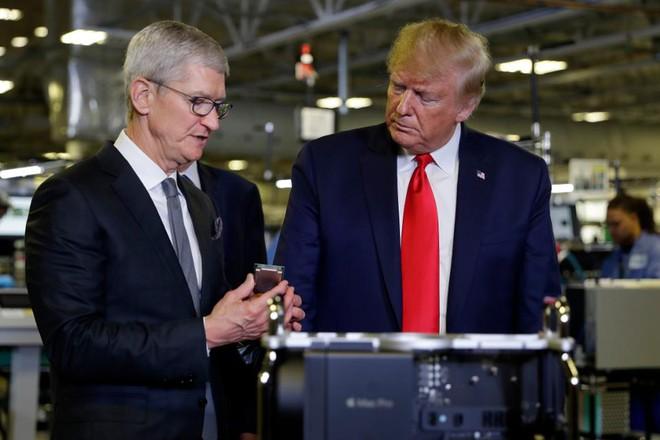Ông Tim Cook sẽ tư vấn cho tổng thống Trump về kế hoạch mở cửa nền kinh tế Mỹ - Ảnh 1.