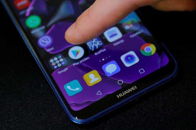 Thiệt thòi cho người dùng Huawei, điện thoại của họ sẽ không được dùng công cụ theo dấu tiếp xúc của Google - Ảnh 3.