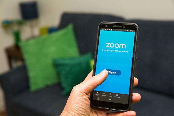 Lo ngại các vấn đề bảo mật, SpaceX cấm nhân viên sử dụng Zoom - Ảnh 1.