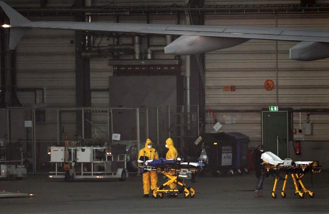 """Bên trong """"bệnh viện bay"""" Airbus A310 của quân đội Đức - Ảnh 8."""