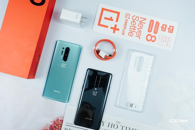 Trên tay OnePlus 8 và OnePlus 8 Pro tại VN: Bỏ camera thò thụt, Snapdragon 865, giá chạm ngưỡng 1000 USD - Ảnh 1.