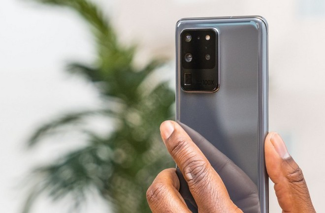 Samsung giảm hơn một nửa sản lượng smartphone trong tháng Tư vì sợ thừa cung và tránh tồn kho quá nhiều - Ảnh 1.
