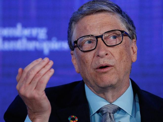 Bill Gates chỉ ra 6 câu hỏi nhân loại cần phải trả lời được để hiểu và khống chế thành công đại dịch Covid-19 - Ảnh 1.