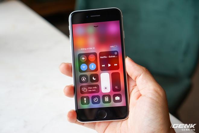 Trải nghiệm nhanh iPhone SE 2020: Quái vật không sừng đội lốt cừu non - Ảnh 4.