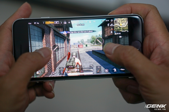 Trải nghiệm nhanh iPhone SE 2020: Quái vật không sừng đội lốt cừu non - Ảnh 10.