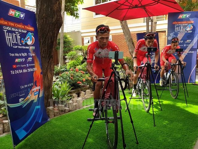 TP.HCM lần đầu tổ chức giải đua xe đạp online: Phiên bản ảo nhưng vẫn phải đạp xe như thường, mệt hơn cả đua thật - Ảnh 1.