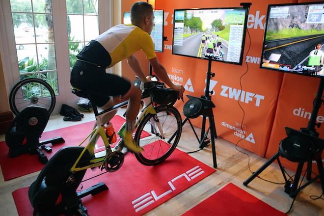 TP.HCM lần đầu tổ chức giải đua xe đạp online: Phiên bản ảo nhưng vẫn phải đạp xe như thường, mệt hơn cả đua thật - Ảnh 2.