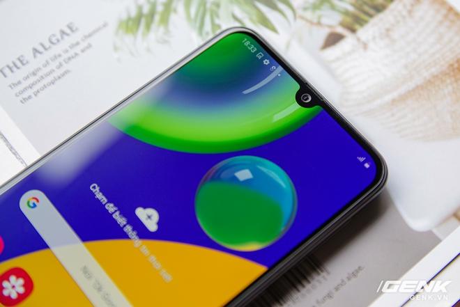 Mở hộp Galaxy M21: thiết kế cơ bản với màn hình Infinity-U, 3 camera 48MP và pin 6000mAh - Ảnh 8.