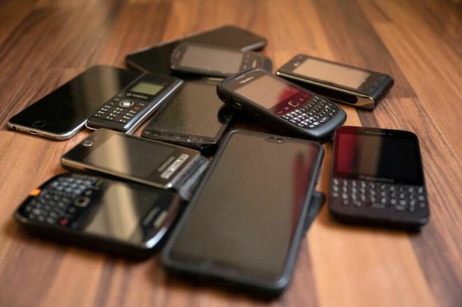 Có đến 2 tỷ điện thoại trên toàn cầu không thể sử dụng công nghệ ngăn ngừa phát tán corona của Apple và Google - Ảnh 1.
