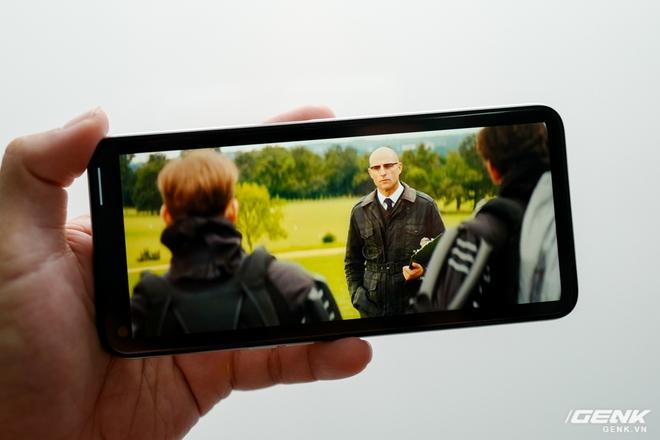 Đánh giá Realme 6: Màn hình ngon, chơi game đã là hai lợi thế lớn nhất trong mùa Ở Nhà này - Ảnh 6.