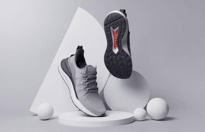 Xiaomi ra mắt giày thể thao MIJIA Sneakers 4: Cải thiện thiết kế, hấp thụ lực tốt hơn, giá chỉ 665.000 đồng - Ảnh 2.