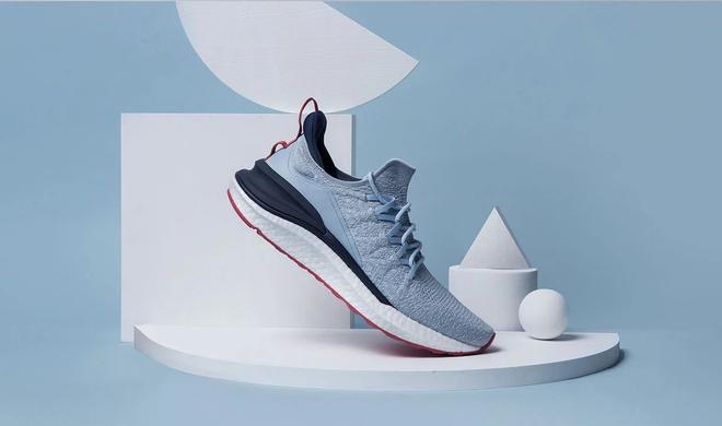 Xiaomi ra mắt giày thể thao MIJIA Sneakers 4: Cải thiện thiết kế, hấp thụ lực tốt hơn, giá chỉ 665.000 đồng - Ảnh 1.