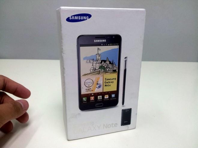 Nhìn lại chiếc Galaxy Note đầu tiên: bị chế giễu và dự đoán sẽ thất bại nhưng cuối cùng lại đi vào lịch sử một cách vẻ vang - Ảnh 1.
