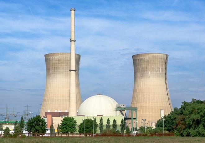 Làm sao để tiếp nhiên liệu cho nhà máy năng lượng hạt nhân trong thời gian đại dịch? - Ảnh 2.