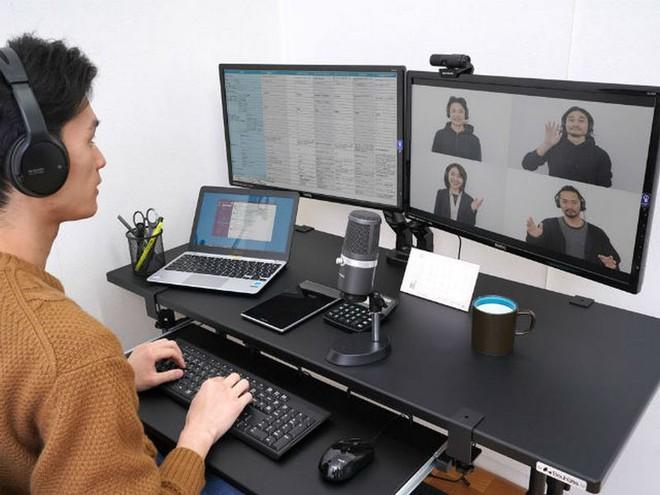 Hộp chơi game cực độc, giúp mang tới không gian chơi game, livestream cho game thủ chỉ trong một góc phòng - Ảnh 4.